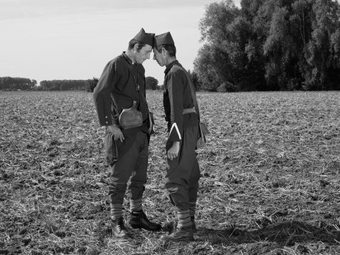 ©-Brian-Griffin-Two-French-soldiers-2017-Production-Labanque