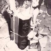 Book Plumbing 1967_John Latham avec Jeffrey Shaw et Jeffrey Sawtell_Photo Jennifer Pike